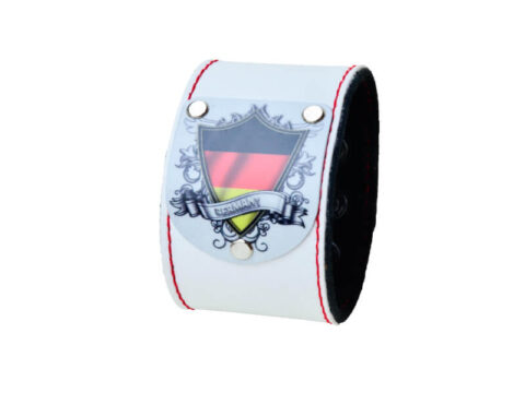 Armband in weiss mit Deutschland Wappen