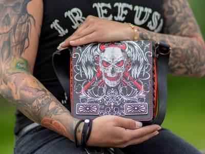 Ledertasche Rising Skull mit Totenkopf Motiv